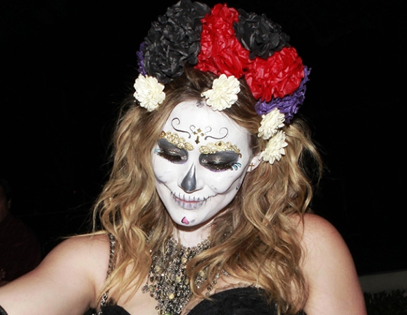 HillaryDuff-DayoftheDead