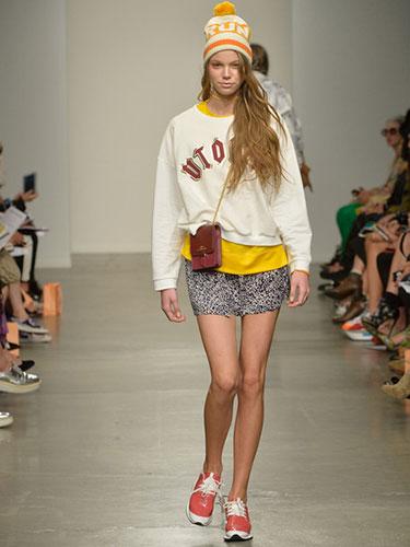 sweatshirts-KarenWalker