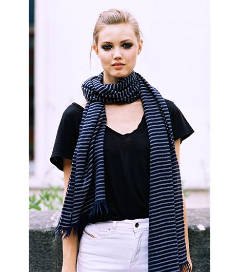 scarf-LindseyWixson