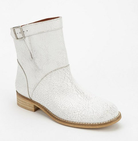 springshoes-flatwhiteboots-mista