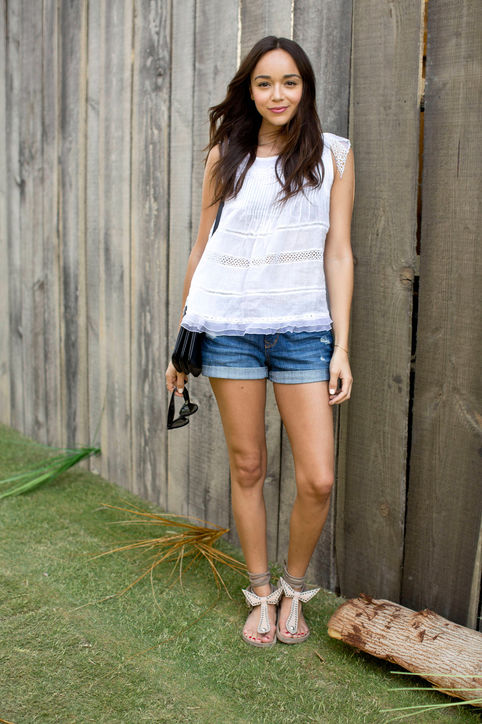 SummerStyleTips-lace-top