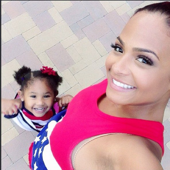 FourthOfJuly-Christina-Milian-and-daughter-Violet