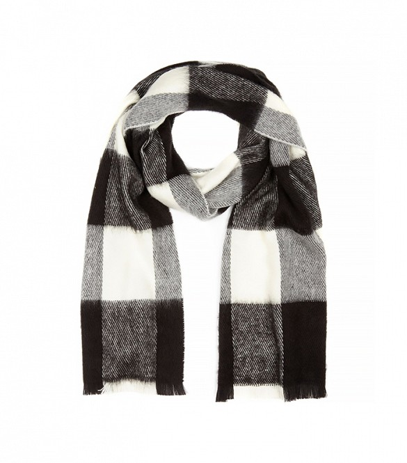 Fashionista-BlanketScarf-RiverIsland