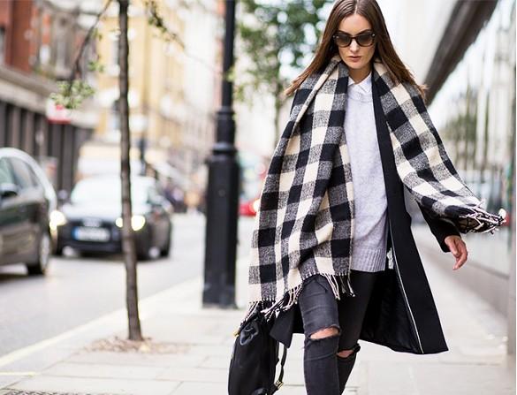 Fashionista-BlanketScarf